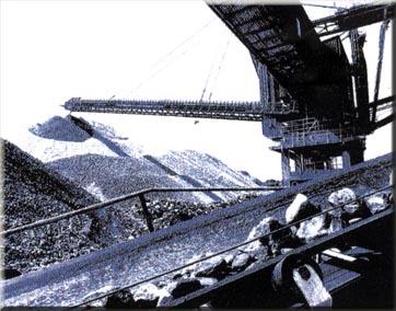 Komplett anyagszállító és anyagfeldolgozó rendszerek gyártása